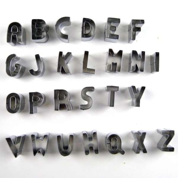 Metall Ausstecher Alphabet COXIMUS Größe ca. 25mm