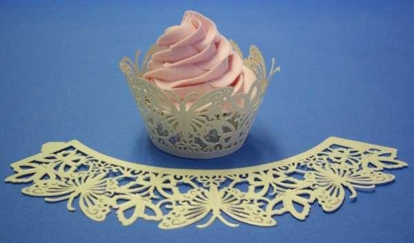Cup Cake Wrapper Schmetterling elfenbeinfarben 12 Stück